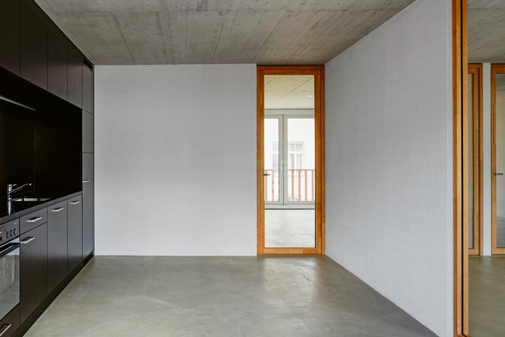 Die Wohnräume Können Flexibel Genutzt Werden U2013 Sogar Die Beheizte Loggia,  Die Sich Im Sommer Dank Glasschiebetüren In Einen Balkon Verwandeln Lässt.